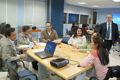 Mesa de trabajo 3. Seminario: Visiones sobre Mediación Tecnológica en Educación. Primera Sesión, 10 de febrero de 2014.