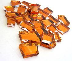 blisters de vidro espelhado colorido  para composição de mosaicos , bijuterias ou outras aplicações decorativas e artesanais. Pacote com 50 gr * vidro COM CORTE * pintado a frio LARANJA R$ 6,50