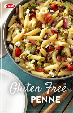 Bring home the bacon with this ranch blt pasta salad. You'll love the flavors & textures of this ranch pasta salad with Barilla gluten free penne. Gluten Free Penne Pasta Recipe, Salad Recipes Gluten Free, Pasta Salad Recipes, Healthy Recipes, Gf Recipes, Pasta Primavera, Fusilli, Mini Pizzas, Orzo