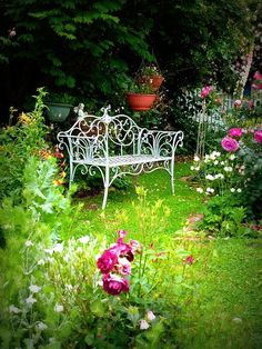 love the romantic feel of the flowers and bench Lovely Garden bench from The Cottage Garden. Flower Landscape, Outdoor Gardens, Beautiful Gardens, Garden Furniture, Garden Decor, Garden Seating, Cottage Garden, Garden Bench, Backyard
