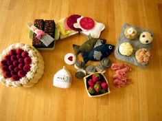 craploads of felt food (and other felt creations) tutorials