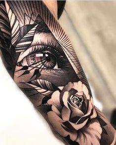 sleeve tattoos Amazing black and grey realism eye and rose tattoo by matiasnobletattoo. Forearm Sleeve Tattoos, Best Sleeve Tattoos, Sleeve Tattoos For Women, Leg Tattoos, Black Tattoos, Body Art Tattoos, Black And Grey Rose Tattoo, Eye Tattoo On Arm, Black And Grey Tattoos Sleeve