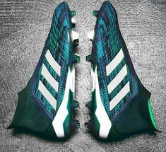 Keeping Your Eyes on the Ball Best Soccer Shoes, Best Soccer Cleats, Womens Soccer Cleats, Nike Cleats, Soccer Gear, Cool Football Boots, Football Socks, Adidas Football, Football Cleats