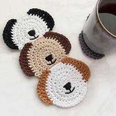 Dog coasters • Dog lover gift • Dog table decor Diy Crochet Basket, Crochet Gifts, Crochet Home, Crochet Teddy, Cute Crochet, Beautiful Crochet, Dog Lover Gifts, Dog Gifts, Dog Lovers