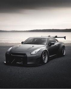 【厳選】自動車の写真 サムネイル版 0 Skyline Gtr R35, Gtr R34, Nissan Skyline, Nissan Gt R, Weird Cars, Diecast Model Cars, Japanese Cars, Sexy Cars, Amazing Cars