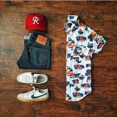 Outfit 6 White printed shirt with blue denim and white sneakers😀 Casual Wear, Casual Outfits, Men Casual, Fashion Outfits, Fashion Tips, Look Man, Outfit Grid, Mode Style, Mens Clothing Styles