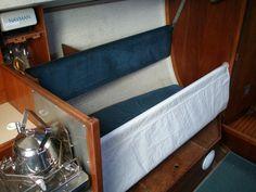 Meripunkka (vanhin ST-fokista sai uuden tehtävän...). Boat Interior, View Photos, Storage Chest, Nautical, Bench, Cabinet, Furniture, Home Decor, Navy Marine
