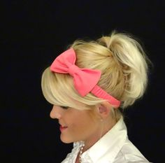 Hot pink bow stretch headband by VintageBowBoutique via Etsy $11