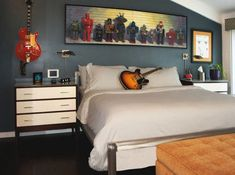 Rock-n-Roll themed bedroom for those who prefer melodious dreams! - Decoist