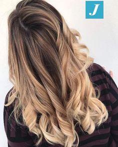 Impossibile confondere il Degradé Joelle.  #cdj #degradejoelle #tagliopuntearia #degradé #igers #musthave #hair #hairstyle #haircolour #longhair #ootd #hairfashion #madeinitaly #wellastudionyc #workhairstudiocentrodegradejoelle #roma #eur