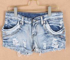 Casual Broken Hole Design Deckle Edge Slimming Light Blue Jeans Shorts For Women (LIGHT BLUE,L) China Wholesale - Sammydress.com