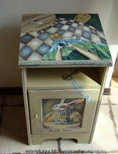 """Тумбочка """"Алиса и Ко"""" - художественная роспись,роспись мебели,детская мебель"""
