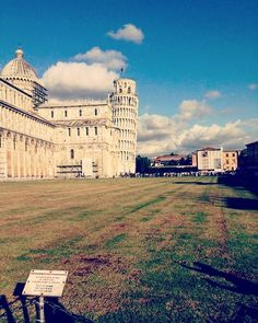 #Pisa#pisatower#Italia#Italy#architecture#photooftheday#hdr#capture#moment#picture#instagood#instatravel#Ryanair#ryanairstories#travel#traveling#filter#arts#color#vsco#earthjourney#instalike#memories#loveit#takemethere by ieva.my