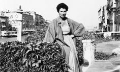 Peggy Guggenheim – Art Addict is part story-telling / part art tableau and it's endlessly entertaining.