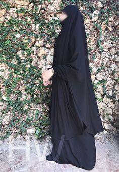 Beautiful Hijab, Niqab, Muslim Fashion, Islamic Art, High Neck Dress, Fashion Outfits, Origami, Thailand, Black