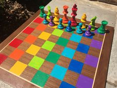 Kindergartners Paint Chess Sets for School Auction - Chess House : Kindergartners Paint Chess Sets Including this rainbow one Collaborative Art Projects For Kids, Class Art Projects, Classroom Art Projects, Art Classroom, Welding Projects, School Auction Projects, Auction Ideas, Solar System Crafts, School Fundraisers