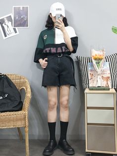 Korean Fashion Trends you can Steal – Designer Fashion Tips Korean Girl Fashion, Korean Fashion Trends, Ulzzang Fashion, Korean Street Fashion, Korea Fashion, Harajuku Fashion, Asian Fashion, Retro Fashion, Boho Fashion