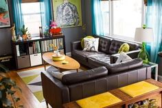 Bright and Cheerful Interior Style in a Small Space
