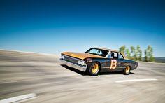 1966 Chevrolet Chevelle  smokey yuniks  7/8's scale chevelle????