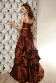 Maud Red esküvői ruha
