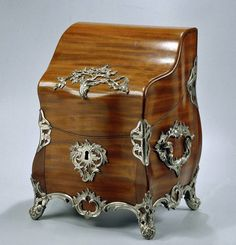 Polished wooden Cutlery box with silver fittings,1772