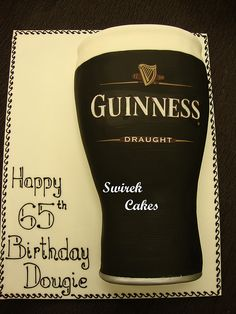 Guinness Pint Cake my inspiration for Tim's birthday cake. it is unlikely mine will Guinness Cupcakes, Pretty Birthday Cakes, Adult Birthday Cakes, 30th Birthday, Alec Guinness, Guinness Beef Stew, Guinness Cocktail, Guinness Chocolate, Food Cakes