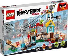 LEGO Angry Birds 75824 Nedrivning i Griseby Konstruktionssæt med LEGO klodser: LEGO Angry Birds Nedrivning i Griseby (75824)Brug katapulten til at skyde Red og Stella ind i Griseby! Start en kædereaktion ved at affyre fuglene over kampestenen, og brug grisenes eget TNT mod dem! Jagt grisene over hele Griseby for at få æggene tilbage, men hold øje med grisen, der kommer glidende i sin paraply! Kan fuglene overhovedet finde deres æg i denne enorme griseforvirring?