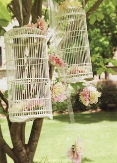 I love this as decor for an outside ceremony, reception, or cocktails. I would love to even add little fawn cheek finches