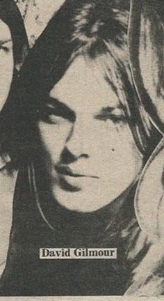 See David Gilmour pictures, photo shoots, and listen online to the latest music. I Am David, David Gilmour Pink Floyd, Pink Floyd Art, Sing Me To Sleep, Classic Rock And Roll, Good Daddy, Best Guitarist, Roger Waters, Latest Music
