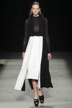 Narciso Rodriguez Fall 2015 RTW Runway – Vogue