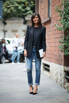 Dress up distressed denim with pointed pumps and a structured blazer. Add a simple, yet modern belt to complete the look.