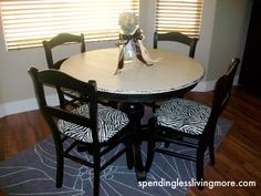 I'm not crazy about the color/pattern but there are good/simple instructions for how she made it look worn around the edges. Diy Dining Room Table, Diy Table, High Table And Chairs, Painted Furniture, Diy Furniture, Pedestal Tables, Refinished Table, Painted Tables, House Rooms