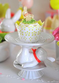Small bunny cakestand | toriejayne | Flickr