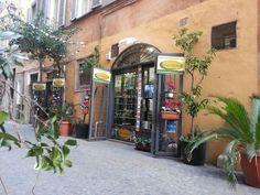 Christmas Time in Bead Shop Rome by Rankoussi via Sora 30 / 31 Roma Italy.