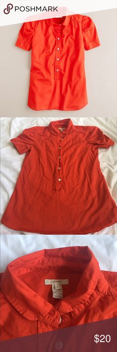 j. crew puff sleeve popover sz 2 super cute j. crew pullover top that also buttons up. dark orange color. great condition. size 2. bundle with other items for an even deeper discount. J. Crew Tops