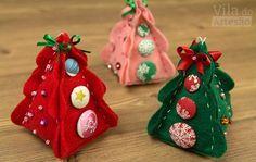 Enfeite fofo de natal com botões forrados