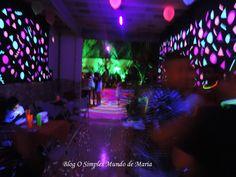 O Simples Mundo de Maria: Decoração Neon da festa da minha filha, venham ver !