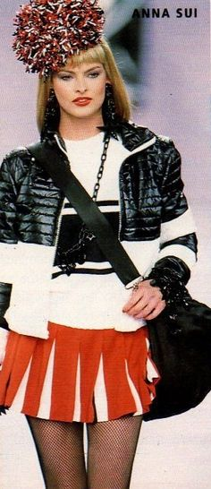 Linda Evangelista - ANNA SUI. 1994