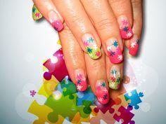 22 Fabulous Summer Nail Art Ideas ... PUZZLES