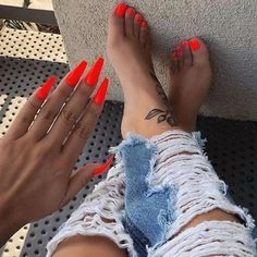 Black Acrylic Nails Coffin Short The Ultimate Convenience! 31 Black Acrylic Nails Coffin Short The Ultimate Convenience! Orange Acrylic Nails, Acrylic Nails Coffin Short, Best Acrylic Nails, Acrylic Nail Designs, Orange Toe Nails, Acrylic Toes, Acrylics, Bright Orange Nails, Long Nails