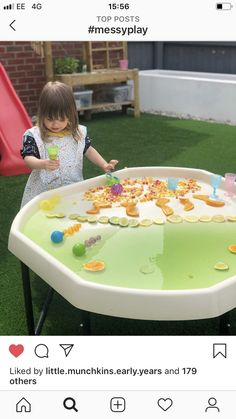 Outdoor Centre, Picnic Blanket, Outdoor Blanket, Messy Play, Trays, Picnic Quilt, Food Trays, Tray