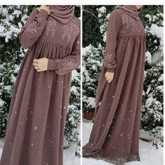 This post was discovered by ze Abaya Fashion, Muslim Fashion, Modest Fashion, Fashion Clothes, Fashion Dresses, Fashion Women, Estilo Abaya, Parda, Modele Hijab