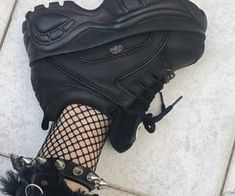February 12 2019 at Mode Grunge, Grunge Style, Aesthetic Shoes, Aesthetic Clothes, Aesthetic Grunge, Sneakers Fashion, Fashion Shoes, Fashion Outfits, Goth Shoes