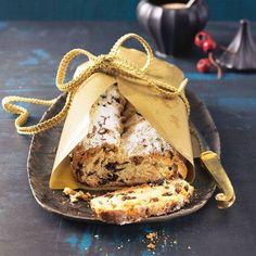 Der Christstollen ist der wohl beliebteste Weihnachtskuchen in Deutschland. Neben dem klassischen Stollen-Rezept gibt es leckere Varianten - von Quarkstollen bis Stollen-Konfekt. Zur Fotoshow: Stollen-Rezepte