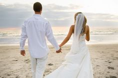 Destination weddings are becoming more and more popular. Maybe you have a destination in mind. Or maybe you are just toying with the idea. This article will give you some tips for planning your dream destination wedding.