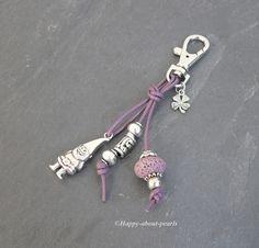 Schlüsselanhänger von Happy-about-Pearls Trendschmuck & Accessoires auf DaWanda.com