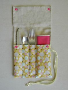 Star Mobile, Sewing Online, Felt Pouch, Cutlery Holder, Shibori, Hand Sewing, Sewing Projects, Arts And Crafts, Handmade
