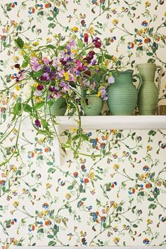 Sweet Pea by Cole & Sons wallpaper design.