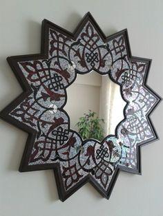 Selçuklu motifleri içeren dekoratif ayna