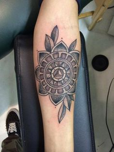 Sam Pottorf's tattoo by Romeo Lacoste♥